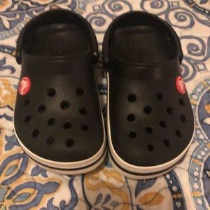 e9c0eb950 Brand new black crocs